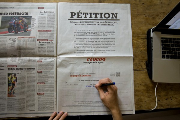 EQUIPE_petition_PRESSE_situ