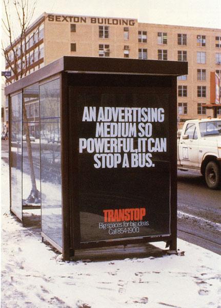 fallon mcelligott stop a bus 01 - Dossier : Le meilleur de la Rédaction Publicitaire